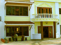 The Inn Patong - Front view